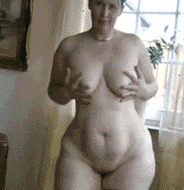 Curvy mature - porn GIFs
